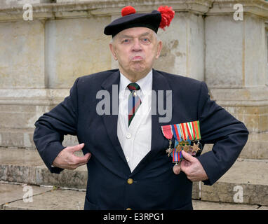 Manchester, UK. 28th June, 2014. 91 year-old John Clarke, a member of the Black Watch Association attends the Manchester - Stock Photo