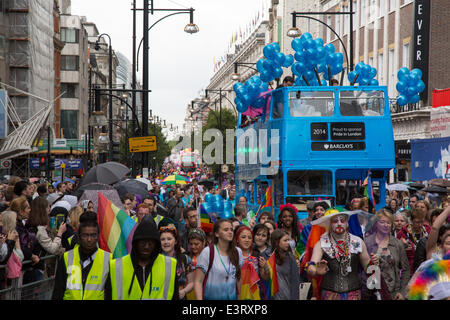 Baker Street, London, UK. 28th June, 2014.  crowds march down Oxford Street  in very wet and damp conditions for - Stock Photo