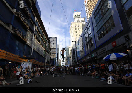 Vancouver, Canada. 28th June, 2014. Equilibrist Eden Cheung of Canada performs during the annual Vancouver International - Stock Photo