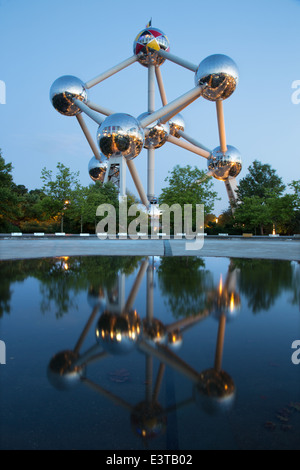 BRUSSELS, BELGIUM - JUNE 16, 2014: Atomium at dusk. Modern building was originally constructed for Expo '58 - Stock Photo