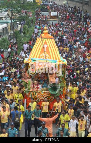 Dhaka, Bangladesh. 29th June, 2014. Thousand of Hindu devotee attends the annual Lord Jagannath's Rath Yatra procession - Stock Photo