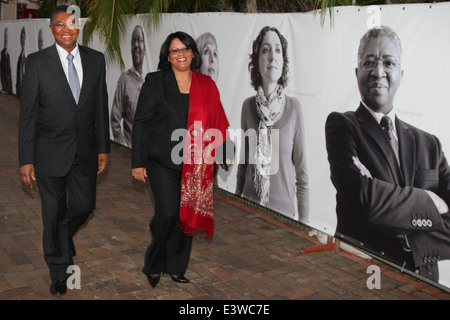 Professor Russel Botman, Rector and Vice Chancellor of the University of Stellenbosch, walks with his wife, Beryl - Stock Photo