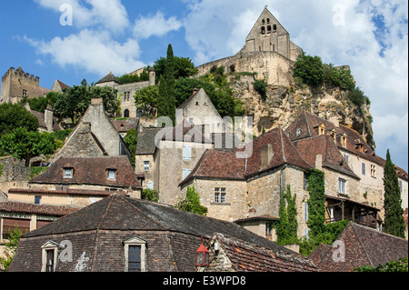 The Château de Beynac, medieval castle looking over the town Beynac-et-Cazenac, Dordogne, Aquitaine, France - Stock Photo