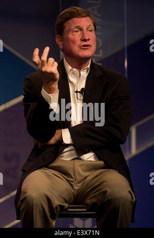 Aspen, Colorado, USA. 29th June, 2014. TOM FANNING, Chairman, President and CEO of the Southern Company, discusses - Stock Photo