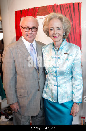 Berlin, Germany. 02nd July, 2014. Journalist and lobbyist Hans-Erich Bilges and entrepreneur Isa Countess of Hardenberg - Stock Photo