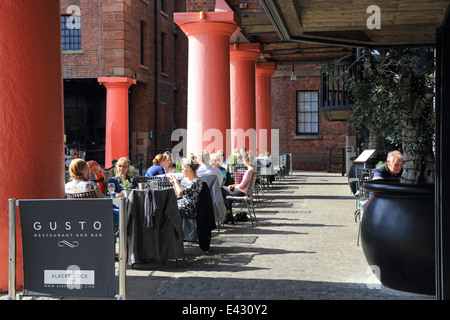 Trendy restaurant Gusto, on a summer's day on the Albert Dock, in Liverpool's famous, historic waterfront, England, - Stock Photo