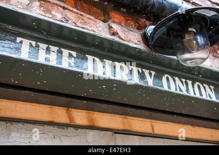 The Dirty Onion bar and Yardbird restaurant, Skipper Steet, Belfast - Stock Photo