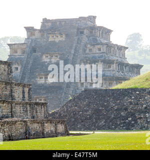 Pyramid of the Niches in late afternoon light, Tajin, Veracruz, Mexico. - Stock Photo
