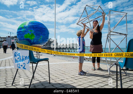 Aberystwyth, Wales, UK. July 5th 2014.  Friends of the Earth Cymru, with the Mid and West Wales Anti-Fracking group - Stock Photo