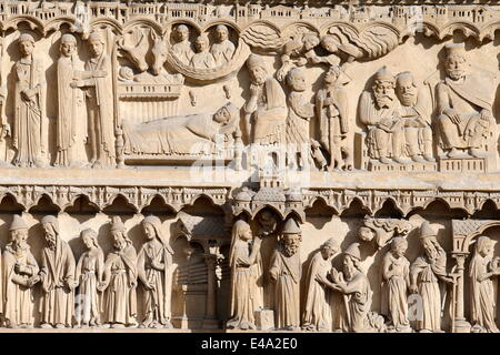Life of the Virgin Mary, St. Anne portal, Western facade, Notre Dame de Paris Cathedral, Paris, France, Europe Stock Photo