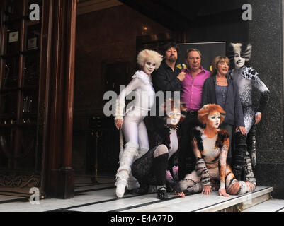 London, UK. 7th July, 2014. Trevor Nunn, Andrew Lloyd Webber and Gillian Lynne attend a photocall for 'Cats' at - Stock Photo