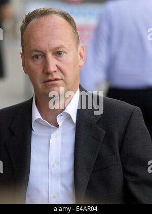 London UK. 7th  July 2014. Gary Clarence arrives at the Old Bailey as his wife Tania Clarence aged 42 admits killing - Stock Photo