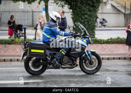 London, UK. 7th July, 2014. Tour De France Stage 3 - Cambridge to London - 7th July 2014 Credit:  Lucia Hrda/Alamy - Stock Photo