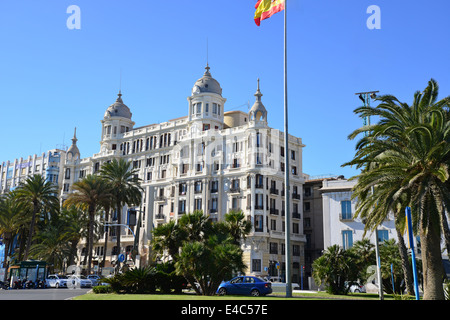 Spain alicante plaza puerto del mar sculpture stock photo royalty free image 61908252 alamy - Casa del mar alicante ...
