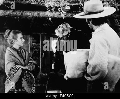 Jean Seberg, Lee Marvin, Clint Eastwood, on-set of the Film, 'Paint Your Wagon', 1969 - Stock Photo