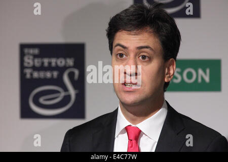 London, UK. 8th July, 2014. Rt Hon Ed Miliband MP speak at the Pearson/Sutton Trust Higher Ambitions Summit in London. - Stock Photo