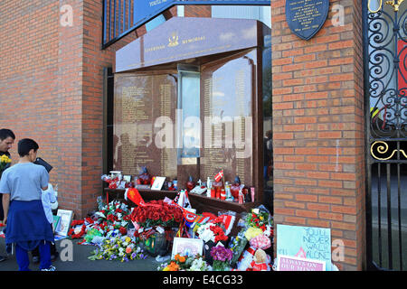 The Hillsborough Memorial at Anfield football stadium, commemorating those that died in the tragedy of 1989, Liverpool, - Stock Photo