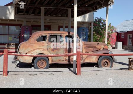 Abandoned Gas Station, Shoshone, California, USA - Stock Photo