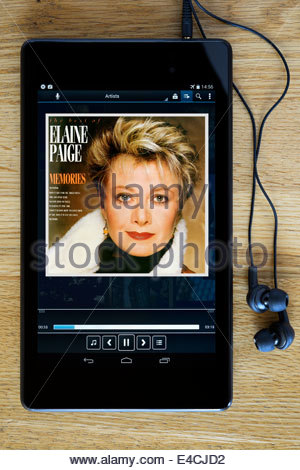 Elaine Paige Memories Best of album, MP3 album art on PC tablet, England - Stock Photo