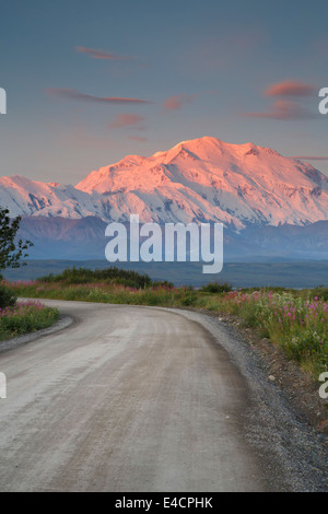Mt McKinley also known as Denali, Denali National Park, Alaska. - Stock Photo