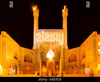 The Shah Mosque, or Imam Mosque, or Jameh Abbasi Mosque, at night, on Maydan-e Imam, or Maydan-e Shah or Maydan - Stock Photo