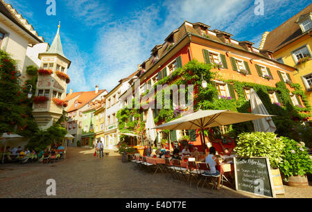 Sidewalk cafe in Meersburg (Burg on the lake), a medieval town in Lake Constance. Baden-Württemberg, Germany. - Stock Photo