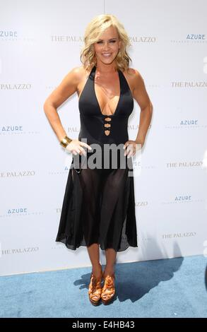Las Vegas, NV, USA. 11th July, 2014. Jenny McCarthy at arrivals for Jenny McCarthy at AZURE Luxury Pool, The Palazzo - Stock Photo
