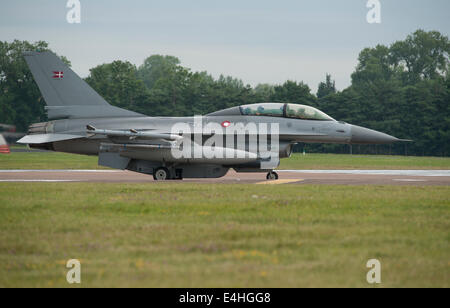 RAF Fairford, Gloucestershire UK. 11th July 2014. Royal Danish Air Force Lockheed F-16 Falcon of Fighter Wing Skrydstrup - Stock Photo