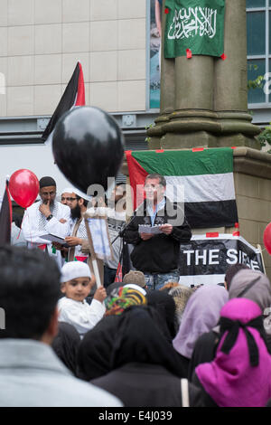 Preston, Lancashire, UK. 12th July, 2014. A peaceful protest against the ongoing military assault on Gaza has been - Stock Photo