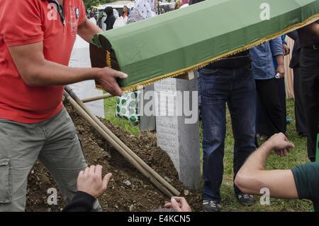 Srebrenica, Bosnia. 14th July, 2014. Anniversary of the slaughter of Srebrenica, Bosnia, where more than 8000 Muslim - Stock Photo