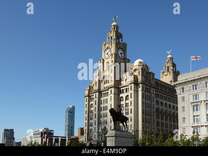 The Liver Building on the Liverpool waterfront UK - Stock Photo