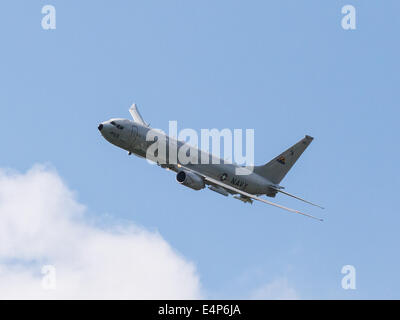 Farnborough, Hampshire, UK. 15th July, 2014. P-8A Poseidon participated for the first time today in flying displays - Stock Photo
