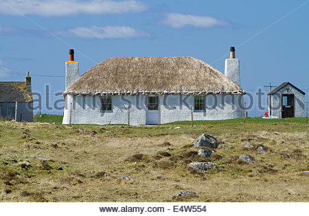 A traditional thatched croft at Howmore, Isle of South Uist, Outer Hebrides, Scotland. - Stock Photo