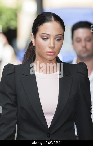 London, UK. 17th July, 2014. Pop singer Tulisa Contostavlos, 26, arrives at Southwark Crown Court in London for - Stock Photo
