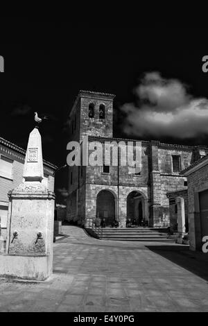 Church close to Sam Bol on the great walk of  Saint James, Jakobsweg, Camino de Santiago, Spain, Black and white - Stock Photo