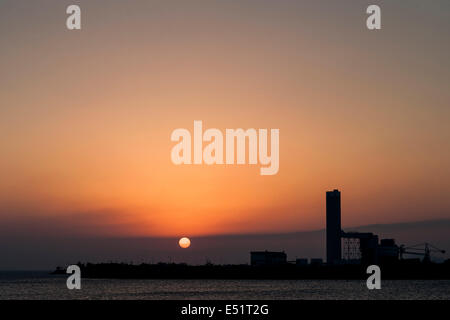 General view of the sunset from Lamma Island in Hong Kong - Stock Photo