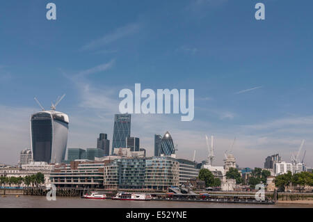 London, UK. 18th July, 2014. Weather:  The capital experiences the hottest day of the year so far as temperatures - Stock Photo