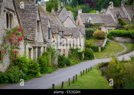 Arlington Row - old homes built for the local weavers, Bibury, Gloucestershire, England - Stock Photo