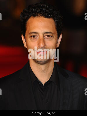 London, UK, UK. 15th Oct, 2009. Grant Heslov attends the Gala Screening of 'Men Who Stare At Goats' during The Times - Stock Photo