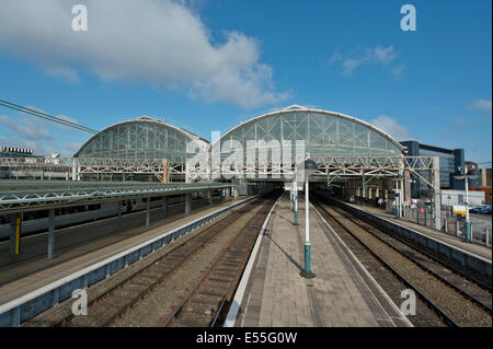 An empty Manchester Piccadilly Rail Station without any trains in service - Stock Photo