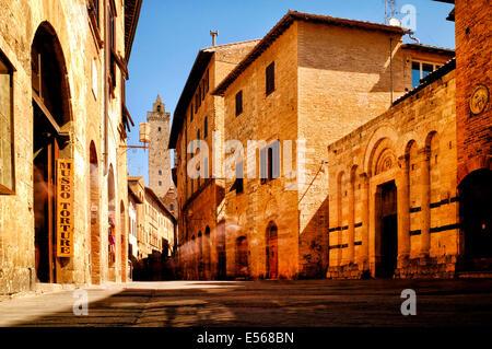 Via San Giovanni, San Gimignano, Italy - Stock Photo