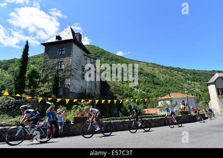 Tour de France Stage 16 Carcassonne to Bagneres-de-Luchon, France. 22nd July, 2014. Carcassonne to Bagneres-de-Luchon, - Stock Photo