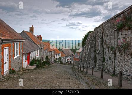 Gold Hill, Shaftesbury, (Hovis T.v  Advert)  Dorset, England, Uk. - Stock Photo