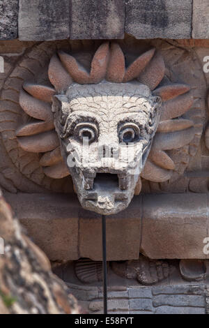 Serpent head on the temple of Quetzalcoatl at Teotihuacan, Mexico. - Stock Photo