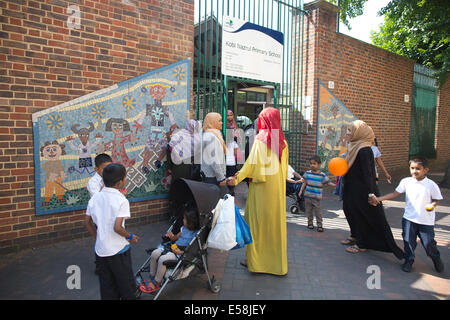 Kobi Nazrul Primary School, Whitechapel centre of concerns over Islamic extremism, East London Tower Hamlets, London, - Stock Photo