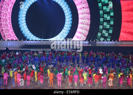 Glasgow, Scotland, UK. 23rd July, 2014. Dancers performing at the Glasgow 2014 Commonwealth Games Opening Ceremony - Stock Photo