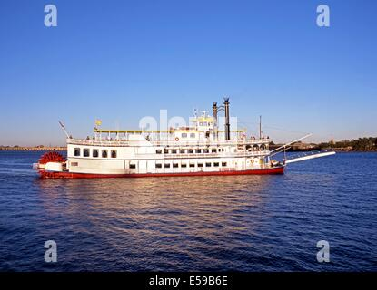 Paddle wheeler aka. Paddle steamer or Stern-Wheeler  'Creole Queen', Mississippi River, New Orleans, Louisiana, - Stock Photo