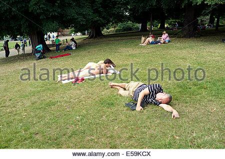 Summer scene in Kensington Gardens, in central London, UK. - Stock Photo