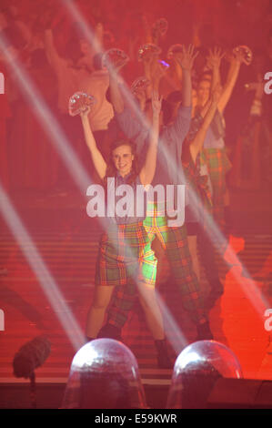 Glasgow, Scotland, UK. 23rd July, 2014. Dancers at the Opening Ceremony for the XX Commonwealth Games in Celtic - Stock Photo