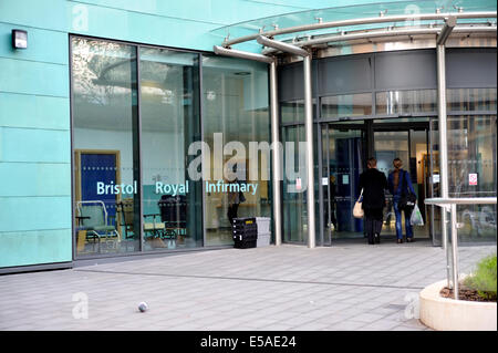 New entrance (in early 2014) to Bristol Royal Infirmary hospital, UK - Stock Photo